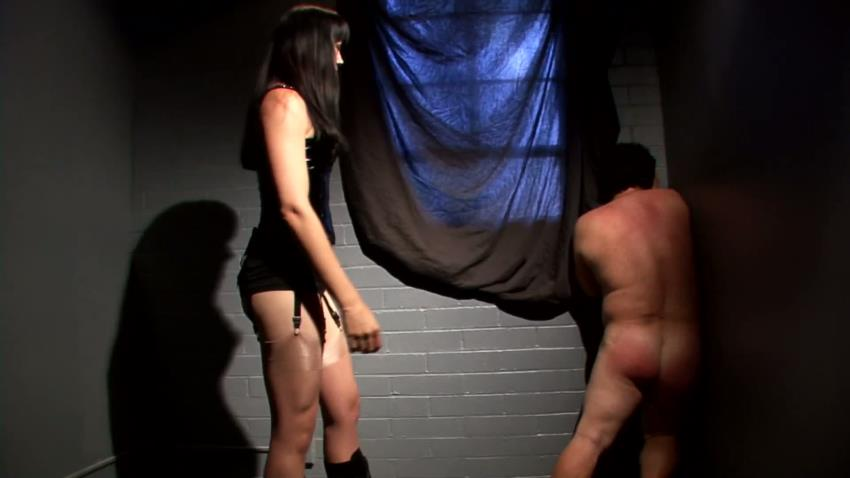 CBTAndBallBusting.com/SmuttysPass.com: Catherine Desade Mistress O - Interrogation [FullHD 1080p] (294 MB)