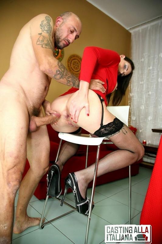 Marie Clarence - Brunette amateur eats Omar Galantis cum after blowjob for Italian porn (2021 CastingAllaItaliana.com PorndoePremium.com) [FullHD   1080p  1.67 Gb]