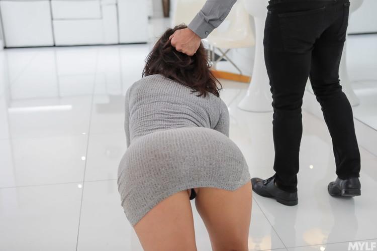 Becky Bandini - Submissive Stress Free Snatch [MYLF/MylfDom / FullHD 1080p]