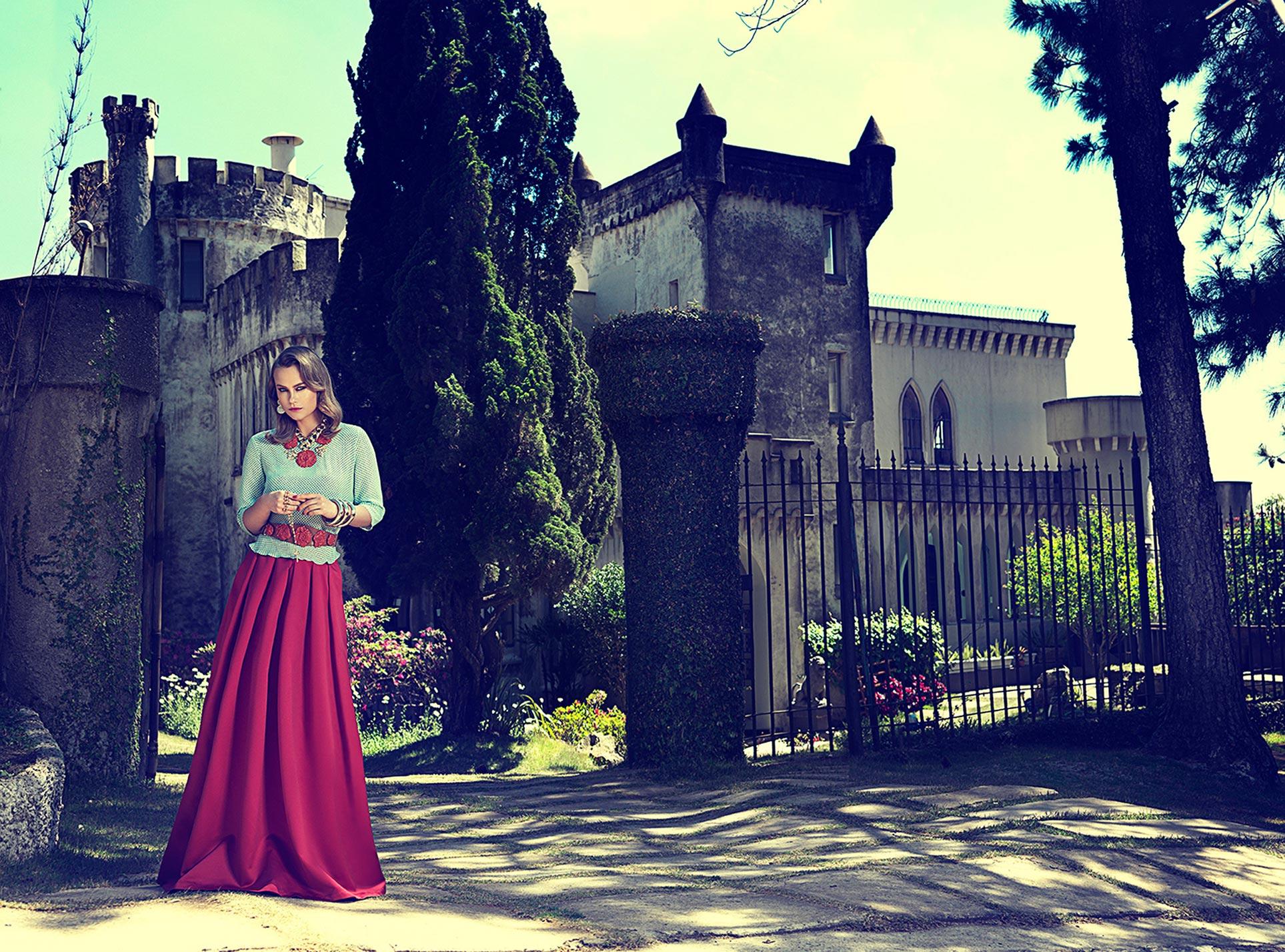 Модный показ на фоне цветущих пейзажей Сицилии / фото 01
