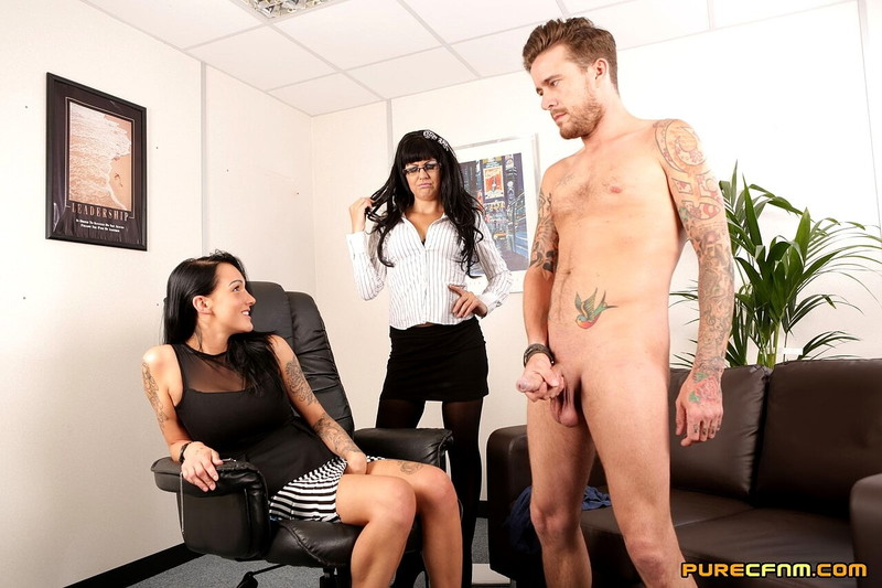 Chantelle Fox, Steph Bluebell - DEEP THERAPY (2021/PureCFNM) [HD/720p/ 282 MB]