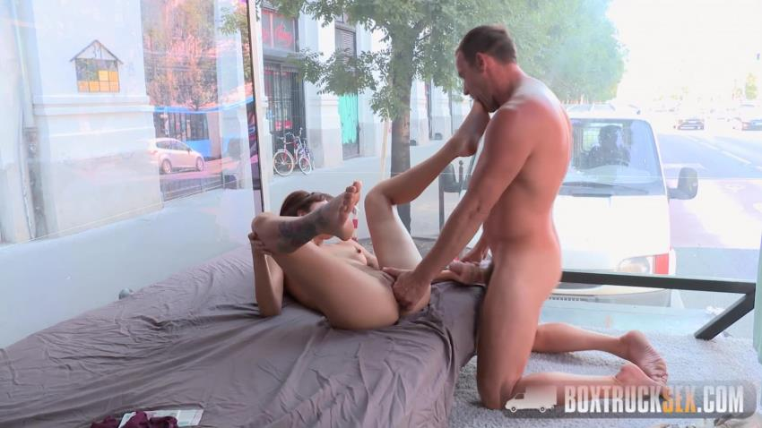 BoxTruckSex.com: Suzy Rainbow - Brunette Suzy Rainbow Takes it Hard in our Sex Truck [HD 720p] (1.48 GB) - Jan 5, 2017