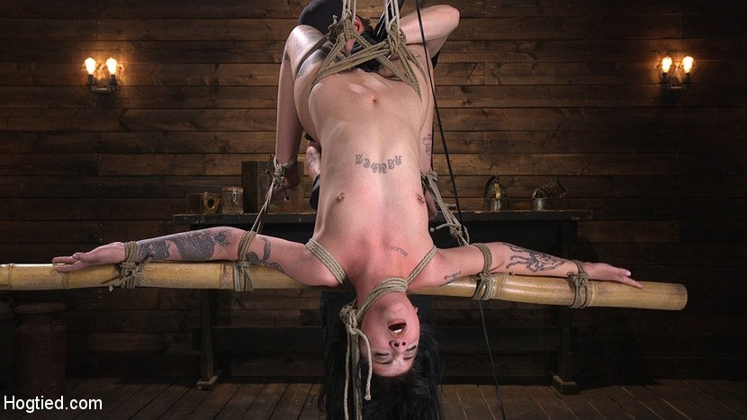 Hogtied.com/Kink.com: Charlotte Sartre - Submissive Goth Girl is Bound, Tormented, and Made to Cum [SD 540p] (480 MB) - July 19, 2018