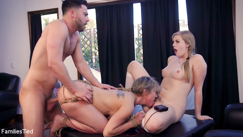 Familiestied.com/Kink.com: Dolly Leigh, Seth Gamble, Dee Williams - Teen Religious Fanatic Punishes Liberal Anal Step-Mommy [SD 540p] (758 MB) - August 3, 2018