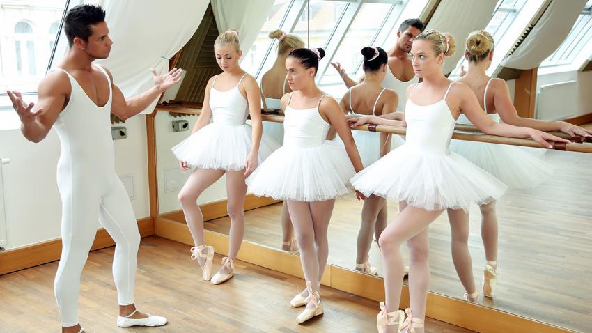 TeamSkeetXClubSweethearts.com/Teamskeet.com: Cayla Lyons, Evelyn Dellai, Vinna Reed, Angelo Godshack - Ballet Rehearsal [HD 720p] (1.66 GB) - Apr 27, 2021