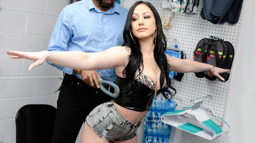 ShoplyfterMylf.com/Teamskeet.com: Jennifer White, Jovan Jordan - Case No. 6615368 - Shes Ready For It [HD 720p] (1.69 GB) - May 8, 2021
