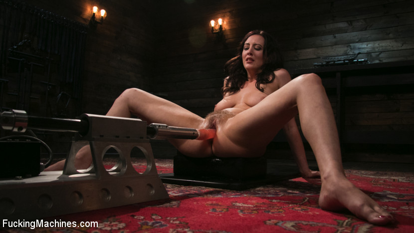 FuckingMachines.com/Kink.com: Cherry Torn - Fetish Queen Cherry Torn Fucked with Huge Dildos and Multiple Orgasms [SD 540p] (421 MB) - November 8, 2017